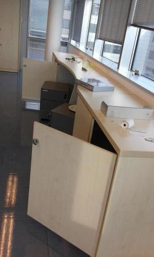 mobile basso bianco con frigorifero (2)