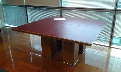 tavolo riunioni 160 x 160